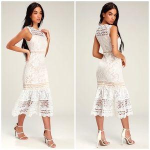 NWOT Lulus Carlee Lace Dress